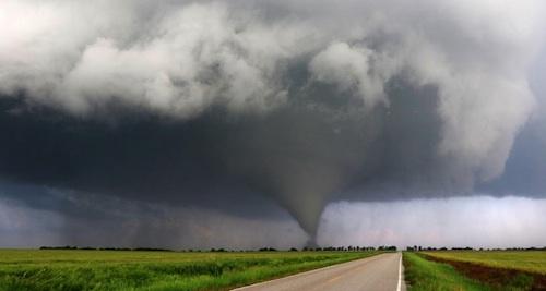 Kansas 90 minute tornado
