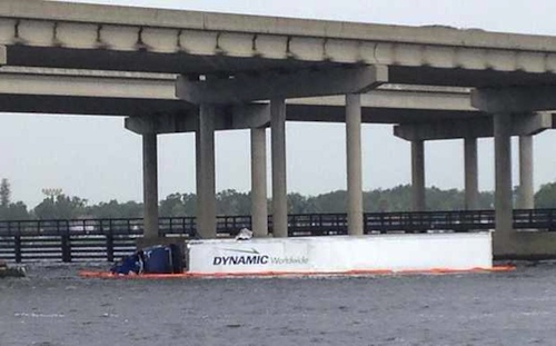 truck falls into Manatee River