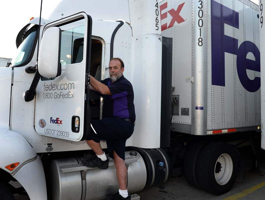 Drivers working hard to deliver goods with FedEx